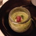 レストラン マノワ - アミュージその1:ブロッコリーのムース