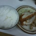キッチン南海  - チキンカツ・生姜焼き定食