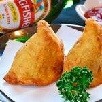 タージ ・ベンガル - サモサ  カレー味のポテトんp包み揚げ インドのおやつ