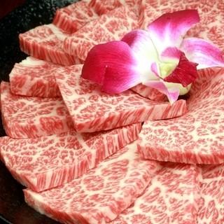 佐賀黒毛和牛の新鮮なお肉が豊富に御座います♪