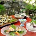 山ばな平八茶屋 - 料理写真:鮎懐石