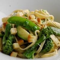 カッフェ・クラシカ - 手打ちパスタ 季節野菜のクリームソース