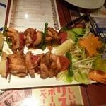 Asian Kitchen Sapana - チキンセクア。ネパールの串焼き