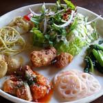 アオ・カフェ - 野菜たっぷりヘルシー膳