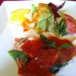 ベル リヴィエール - 本日の日替わりランチ・メインのお料理(鶏肉ときのこのトマトソース)