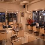 おきらく食堂ガーデン - オシャレなカフェ空間♪