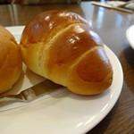 ビーハイブ - ランチのパン