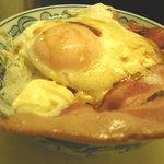 三百円 - 料理写真:目玉かけご飯