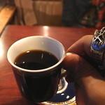 コーヒーハウス ブリッヂ - 手がデカイのか、カップがデミなのか!?