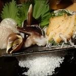 貝や しるひ - 本日の貝刺し盛り合わせ3種プラスおまけ