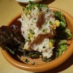 貝や しるひ - ポテトサラダ。コンビーフ、コーン粒が入っていて、見た目もキレイ☆