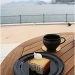 24/7 coffee & roaster  -