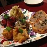 小皿キッチン ココロ - 前菜5種盛り合わせ