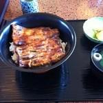 うなぎ新川 - うな丼1500円 2013年5月