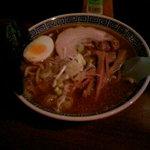 麺屋 律 - ラーメン(中盛)      650円