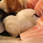 産直屋 魚渋 - 活タコ炙り