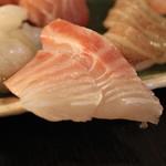 産直屋 魚渋 - 石鯛
