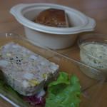 たつみキッチン - 総菜たち