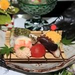 竹千代霧島 - 前菜は品数豊富。