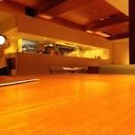 リストランテ レーネア - テーブルから厨房をみる