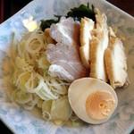 19101573 - 正油つけ麺 こってり 具付 2013年5月