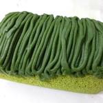 京都・東山茶寮 - 2013.05 抹茶モンブランロールケーキ、1350円、トッピングされた抹茶クリームが濃厚です♪