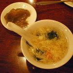 1911517 - ザーサイ(搾菜)とトロっとしたスープ