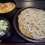 ゆで太郎 - ミニ玉子丼セット