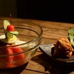 炭火焼肉酒房 あぶり - 冷麺と自家製キムチ