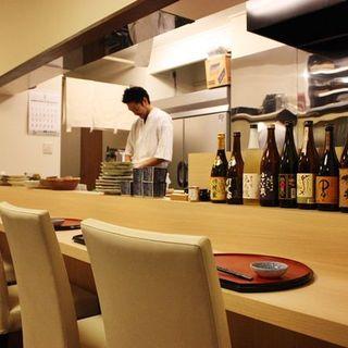 和食を中心とした「立場割烹」のお店です。