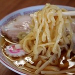 食堂なまえ - 極太手打ちチャーシューメン 麺