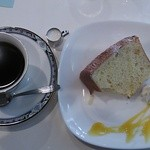 19124054 - マンデリンくんとシフォンケーキちゃん。