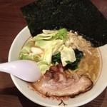 松福 - うまいラーメン700円
