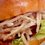 ベーカリープチプラス - 料理写真:ごぼうてりやきチキンバーガー