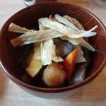 カフェレストラン 睦 - 2013.5 素揚げした野菜がたっぷりのおざらほうとう