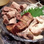 豚匠 - 「豚 3点盛り」 580円