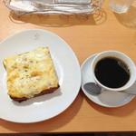 19135954 - クロックムッシュとコーヒー