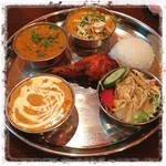 インディアン・レストラン Taz Mahal - ティーンバルカキ お腹いっぱい