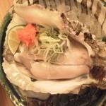 19137940 - 美味しい岩牡蠣!900円くらいだったかな。