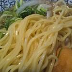 丸源ラーメン - 麺アップ