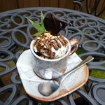 わろく屋 - 世界一おいしいチョコチップアイス(笑)