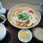 食空間 穂の里 - 和風チキン定食(850円)