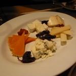 びすとろジョバン - チーズ5種盛り