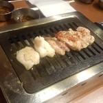 大阪焼肉・ホルモン ふたご - ふたご盛りの一部