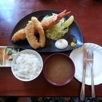 えびせい - メガ海老フライ定食