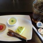 倉 - cafeセット\600