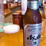 ローレル - ビールは小瓶です