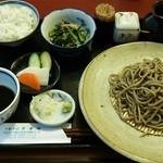 19149714 - サービスランチ800円♪粗引き蕎麦+蕎麦実入りご飯+一品(お漬物つき)