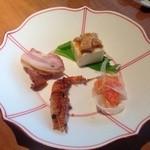 19152755 - H25.05   小菜(海老の唐揚げ、サーモンのマリネ、棒棒鶏豆腐、焼豚)