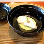19153574 - 煮物椀 清汁仕立て 福子葛叩き 碓井豆腐 梅肉 柚子